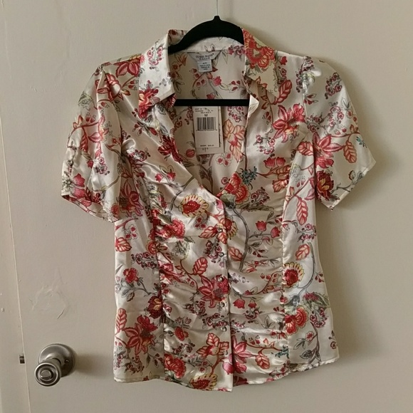 NWT Vintage Guess Floral Blouse NWT